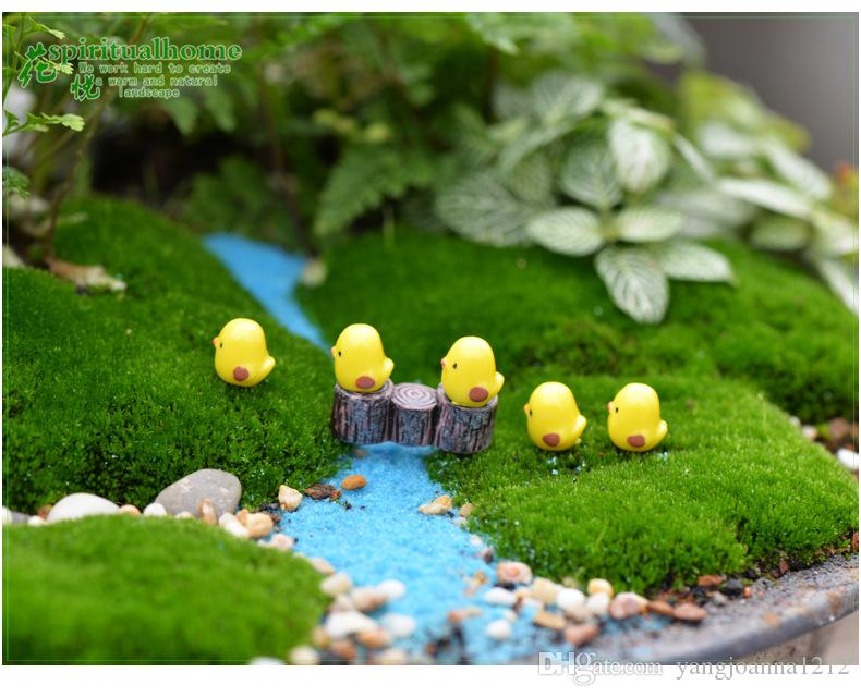 Wholesale Miniature Garden Decoration Cute Mini Yellow Chicks For Fairy Garden Miniatures Diy Succulent Accessories Figurines