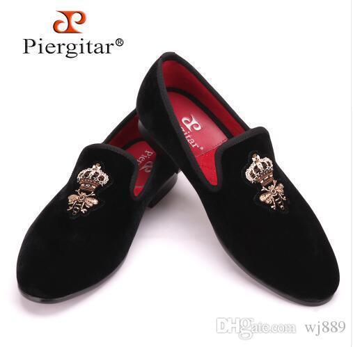 806c7737e35 Piergitar Bees Indian Silk Embroidery Men Velvet Shoes Fashion Men Loafers  Wedding And Party Male Shoe Men Flats Size US 5 14 Cute Shoes Mens Shoes  Online ...