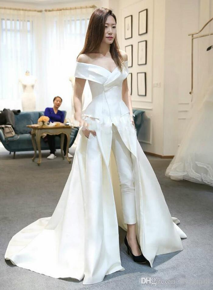 Kvinnor Jumpsuits White Satin Off Shoulder Aftonklänningar 2019 Sexiga Formella byxor med tåg Prom Pagant Dress Party Vestidos de Novia