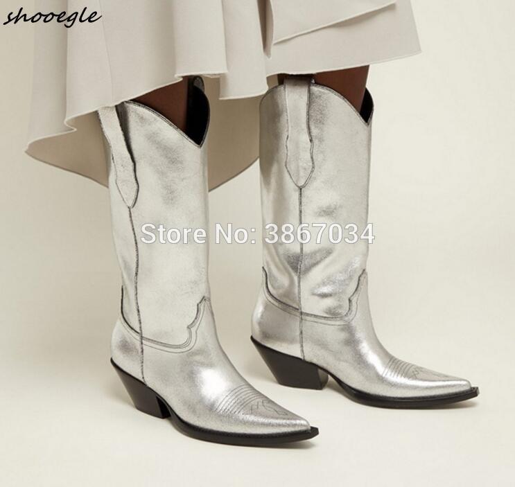 low priced f3b5e a7032 SHOOEGLE Silberne Leder Cowboy Stiefel Frauen spitz Kubanische Heels  Kniehohe Slip on Knight Booties Schwarz Weiß Stiefel Frauen