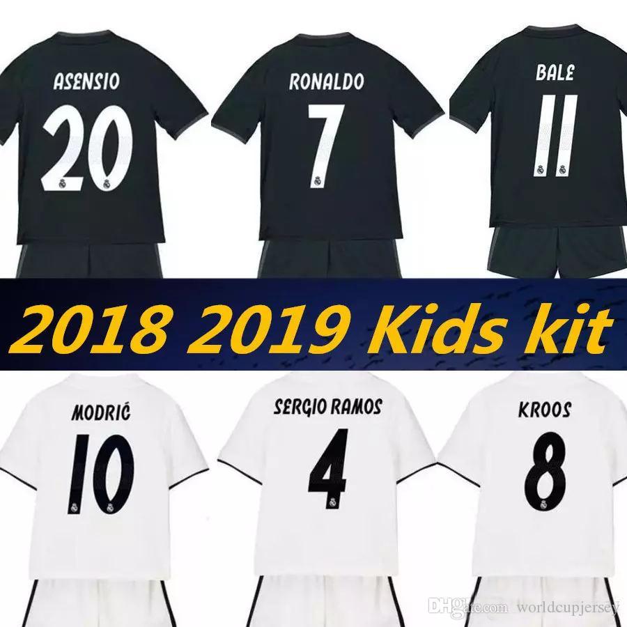 2019 2019 2018 Real Madrid New Kids Soccer Jersey Kits 18 19 RONALDO ASENSIO  RAMOS BALE ISCO MODRIC Benzema Camiseta Football Kit Jerseys From ... af5f80971