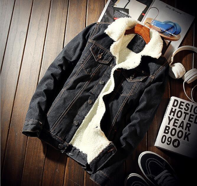 Acquista Giubbotto Bomber Di Jeans Con Pelliccia Uomo Nero Giubbotto Jeans  Moda Di Alta Qualità In Pile Invernale Jeansjacke Herren Uomo Blu Oversize  ... b6d1cf40e3e