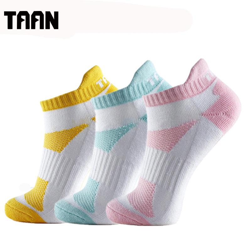 f3aea5afe6a TAAN 12pcs Women s Sport Sock Slippers Thick Cotton Sport Socks Breathable  Thick Comfortable Sock for Tennis Badminton