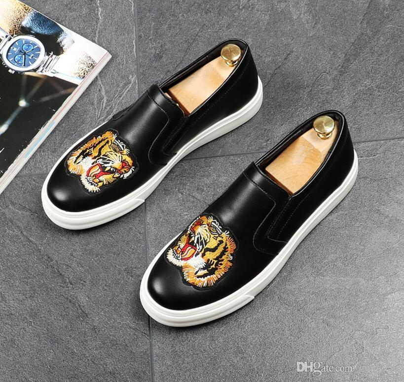 2018 fashionable New Men's Loafers Flats Shoes Flower embroidery Slip-On Shoes Male Casual Dress wedding Shoes comfortable Shoe nx2a11