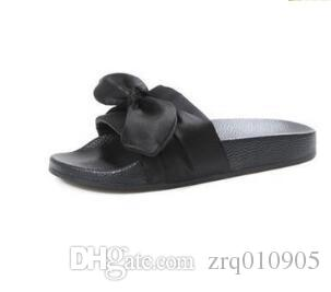 Fenty Riha nna Woman 2018 Summer Slippers Bowknot Slides Shoes Beach Casual Sandals Luxury Slippers Gift for Girlfriends