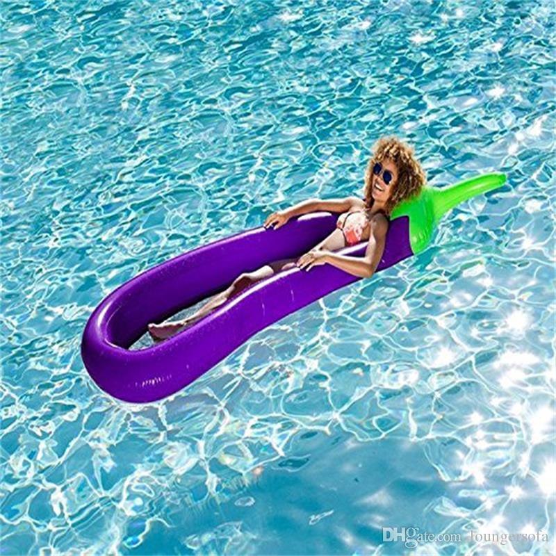 물을 표류하는 Oversize Inflatable Eggplant Pool Floats 고밀도 무해한 플로팅 매트 여름 해변 수영 반지 Hot Sale 58yn X