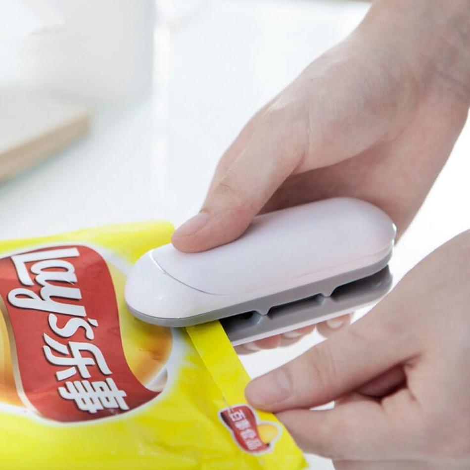 La mini machine de scellage de chaleur portative d'impulsion de machine met en sac la machine de cachetage de sac pour l'outil en plastique de ménage d'économiseur de nourriture