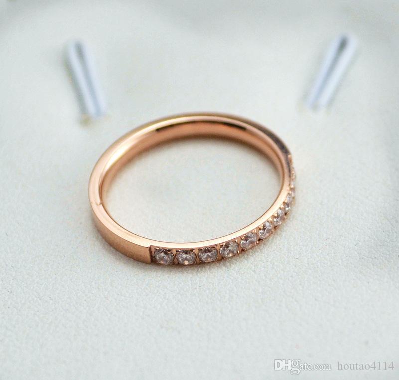 Top Fashion Silver Titanium Steel Light Luksusowy pierścień Diamentowy, Zestaw Biżuterii Stalowej Titanium Diament Róże Różowe Gold Ring