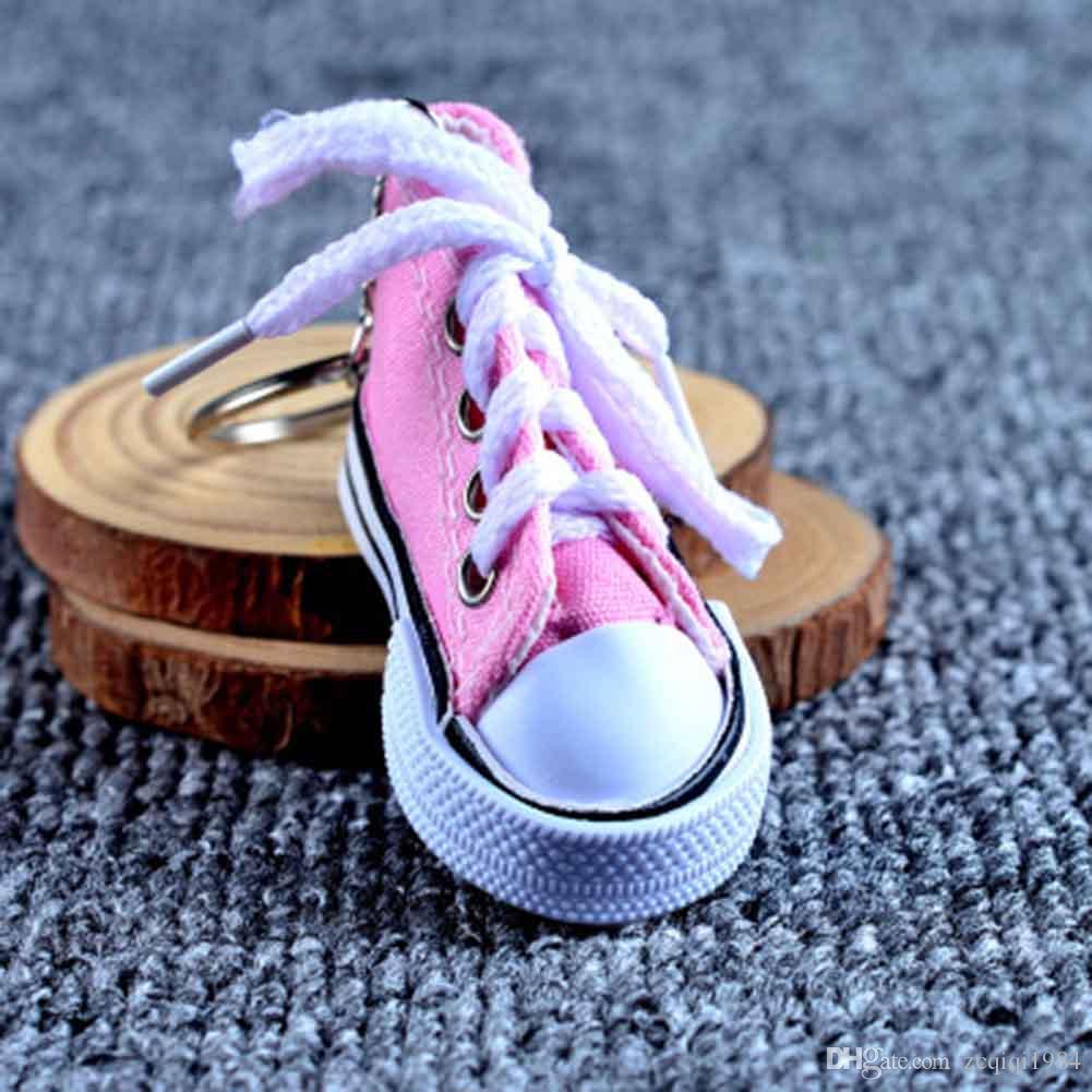 جديد عصري بالجملة 3d رياضة المفاتيح الملونة محاكاة قماش أحذية دمى حلقة رئيسية الاكسسوارات الساخن بيع