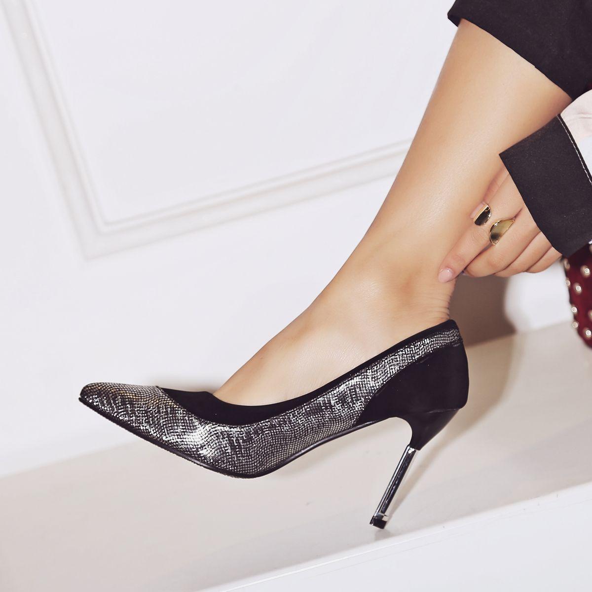 2018 Trendy Hot Sale Low Price 90mm Golden Sliver Women High Heels Stiletto Lady Dressing Pumps