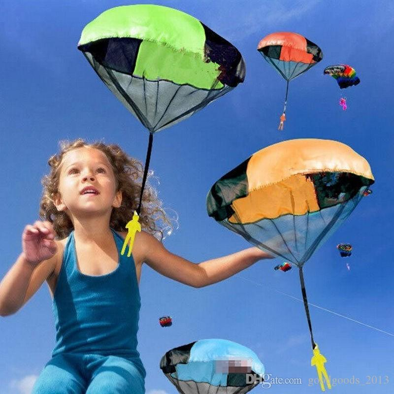 NEW Hand Throwing Kids Mini Play Parachute Toy Soldier Outdoor Sports Children's Educational Toys Outdoor mini kites Toys Candy Color z188