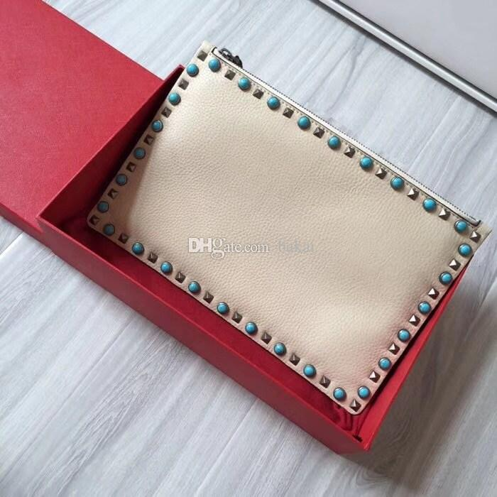 The famous fashion brand female clutch bag high quality leather makeup wrapped willow nail decoration luxury bag