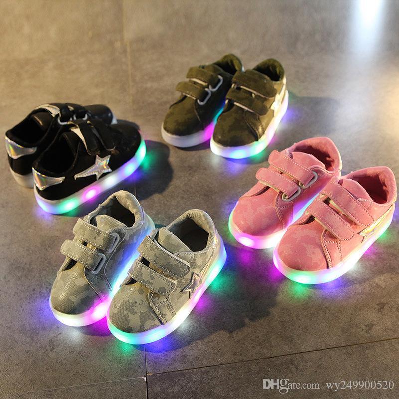 Neue Mädchen LED schuhe Kinder Schuhe Sport Beiläufige Laufende Kinder Licht Schuhe Größe 21-30