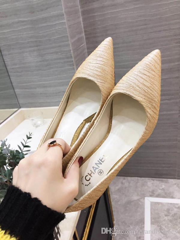 168d84ad17 Compre Novos Sapatos Femininos Senhoras Temperamento Dama De Honra Sapatos  Stiletto Saltos Apontou Com O Show Business Sapatos De Trabalho Selvagem ...