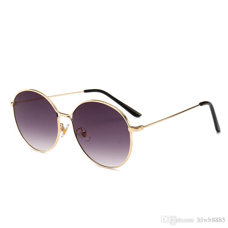 709787a16f Compre 2018 Hot Classic Gafas De Sol Redondas Para Hombres Mujeres Marco De Metal  Gafas De Sol Gafas Steampunk es Gafas De Sol De Conducción UV400 A $7.72 ...