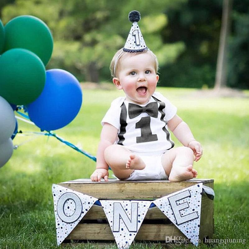 Grosshandel Baby 1 Geburtstag Strampler Kleinkind Jungen Sommerkleidung Sauglingsoveralls Fur Jahrige Kleine Weiss Gentleman Von