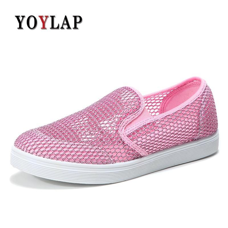 40bcb593348 Compre Yoylap Nuevo Estilo De Mujer Zapatos Con Agujero Transpirable Plana  Mujeres Zapatillas De Deporte Casuales Zapatos Para Caminar Verano  Primavera ...