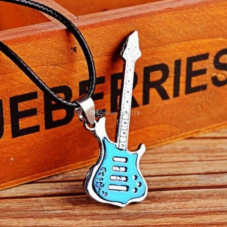 / Music Necklace Music Guitarra colgante de collar de aleación de guitarra en forma de collar colgante
