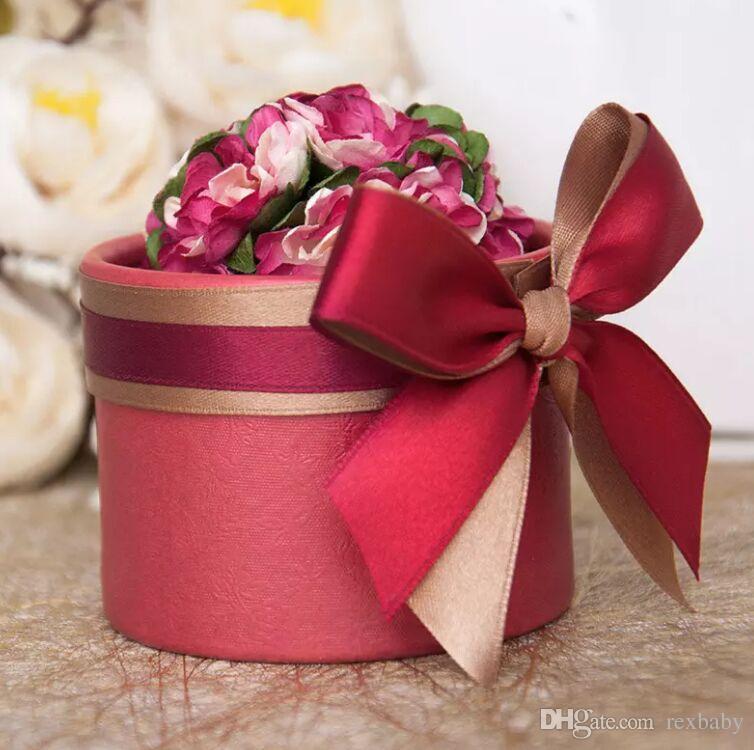 Navire gratuit par EMS De Luxe Européen Fleur Style Cylindrique Diamant Cristal De Mariage Bonbons Case Avec Ruban De Soie Wraps Cadeau
