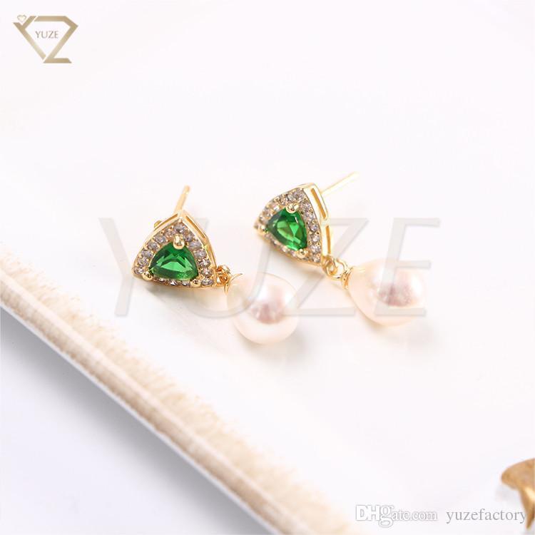 05867ea12024 Compre Aretes De Oro Personalizados De Arabia Saudita Diseñan Aretes  Colgantes De Perlas Reales Último Diseño Superior Pendientes De Oro De  Piedras ...