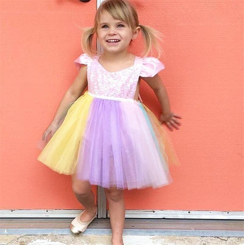 INS Unicorn Paillettes Baby Girl Princess Tutu Dress Arcobaleno Colore Pizzo Boutique pagliaccetto Toddler Abbigliamento festa nuziale Fiore ragazze Abiti