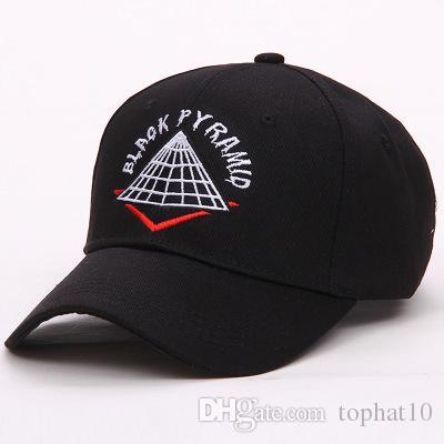 Cappelli da baseball economici di stile caldo Snapback regolabili Casquette hip-hop Unisex piramide Berretti da baseball gorras nero bianco rosso diamante osso papà cappello