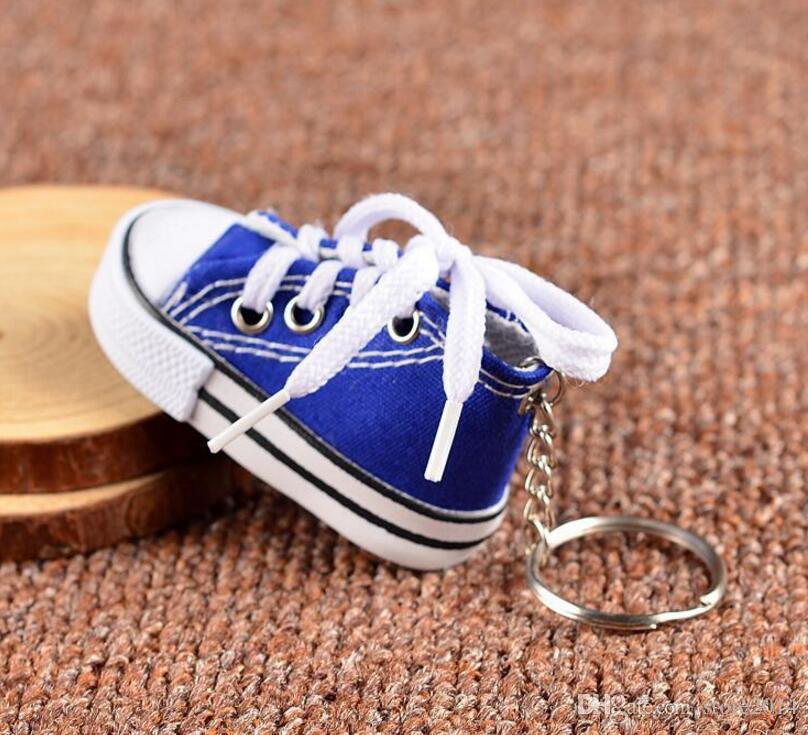 3D Sneaker Keychain Novelty Mini Canvas Shoes Ключевое Кольцо Обувь Key Chain Holder Handbag Pendant Favors