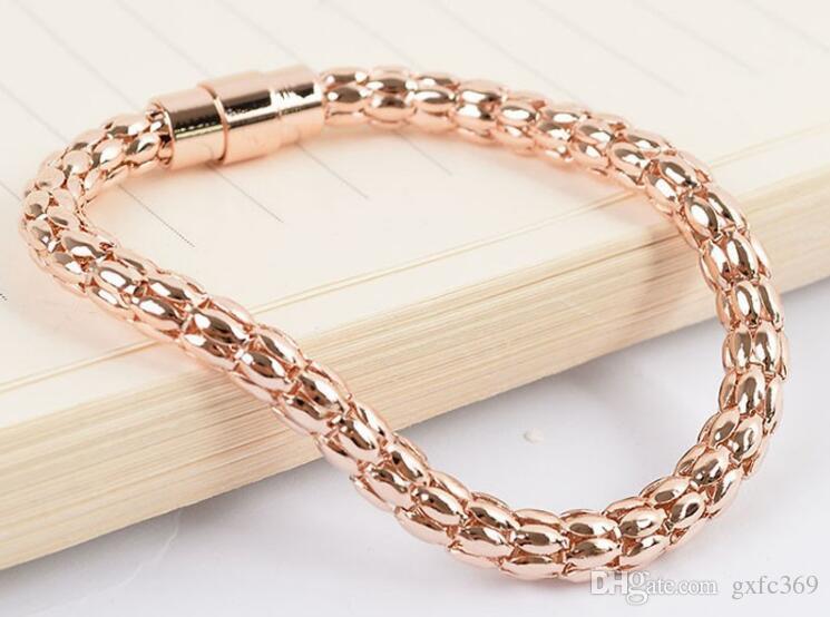 Stainless Steel Corn Chain Titanium Steel Magnet Buckle IPG Gold Bracelet Fashion Women Jewelry