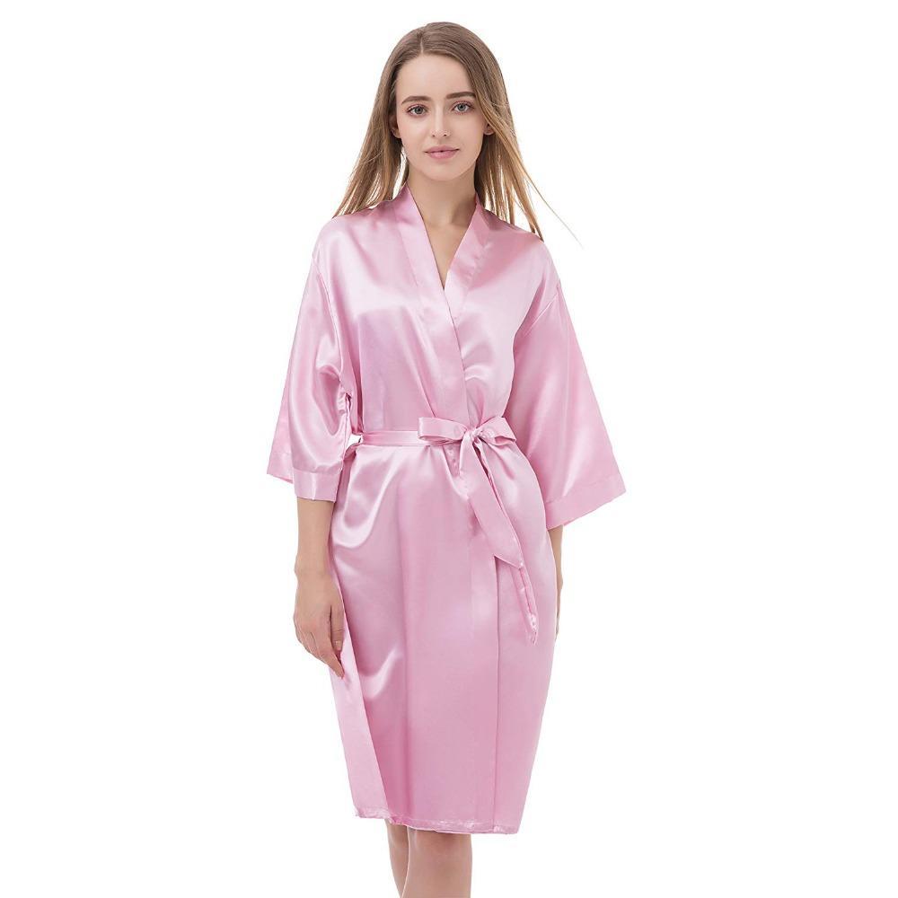 66c8a5b69b2e Mulheres Sexy Cetim Rosa Sólida Camisola Casa Vestidos de Dama de Honra  Noiva Robe de Casamento Vestes de Noite Feminino Kimono Vestido de Banho ...