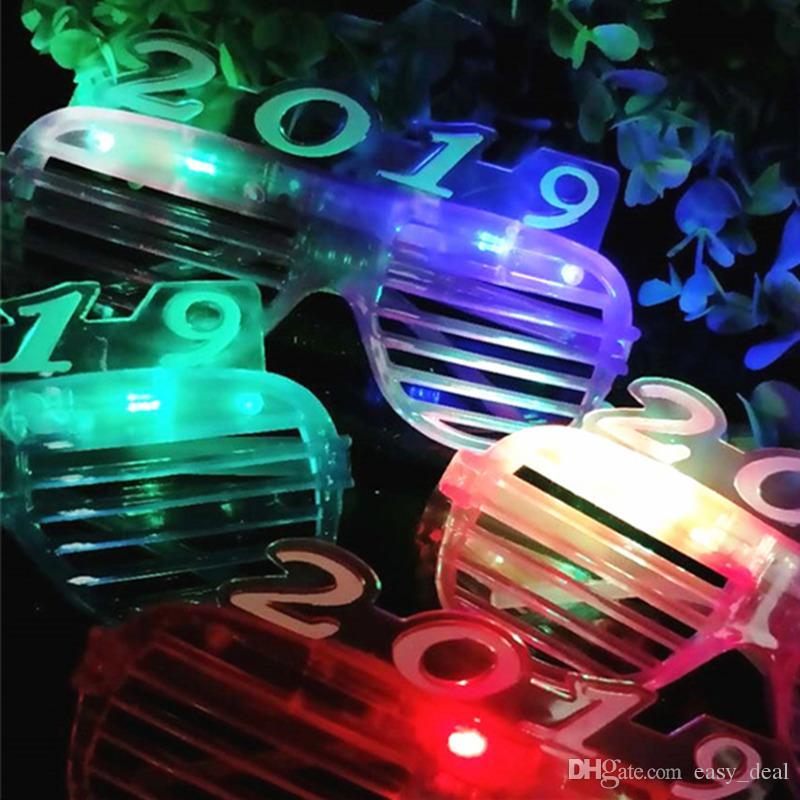 Konzerte Weihnachten 2019.Neue 2019 Jalousien Gläser Tanz Party Konzert Liefert Led Dekorative Fluoreszierende Gläser Für Weihnachten Schnelles Verschiffen Jc 054