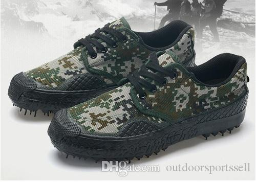 liberation shoes Outdoor wear-resistant mountaineering shoes Men and women military training camouflage shoes canvas rubber shoes.