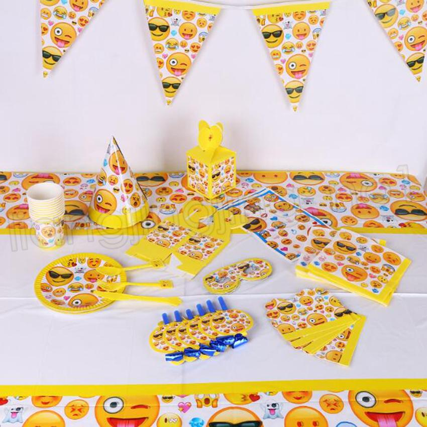 21styles Emoji Theme Party Decoration Happy Birthday Paper Cup Plated Hat Popcorn Box Set GGA576 Stuffs Supplies From