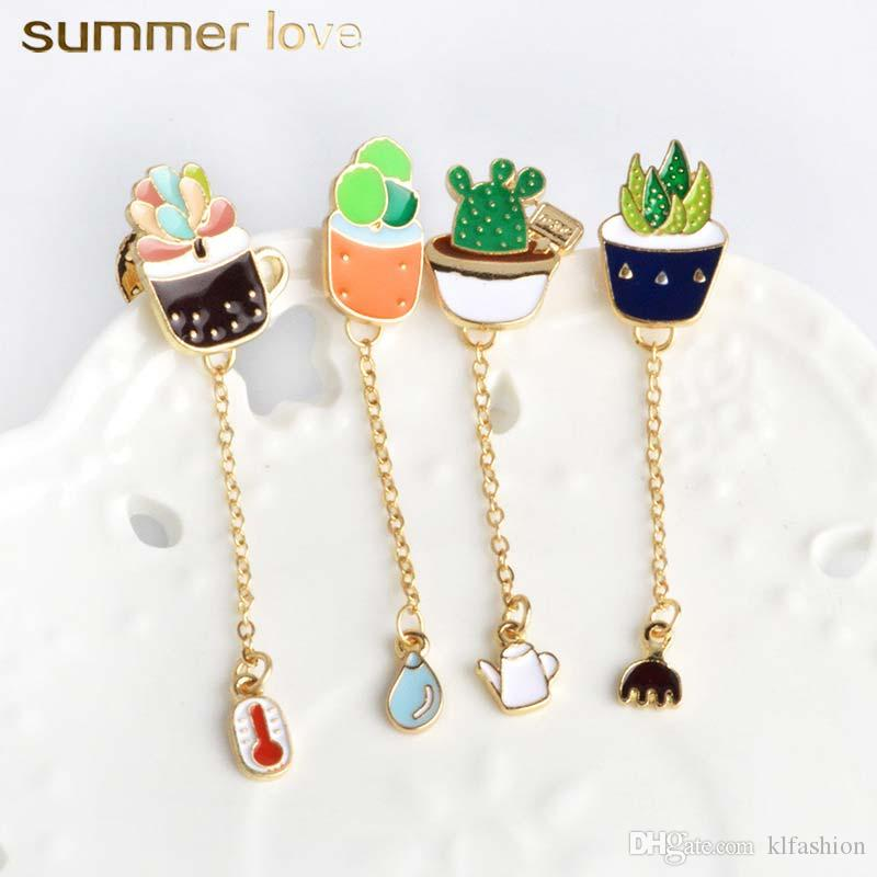 Unique Design Plant Prickly Pear Cactus Clothing Collar Sweater Pendant Brooch Pin for Women Kids Gold Plating Alloy Jewellry Charm