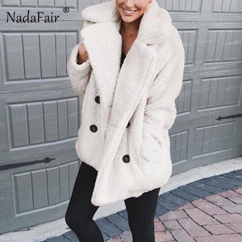 Купить Оптом Nadafair Искусственного Меха Пальто Женщин Повернуть Вниз  Овчины Двубортный Тедди Пальто Плюс Размер Лохматый Осень Зима Женщины  Кардиган ... 722ffc0f0a624