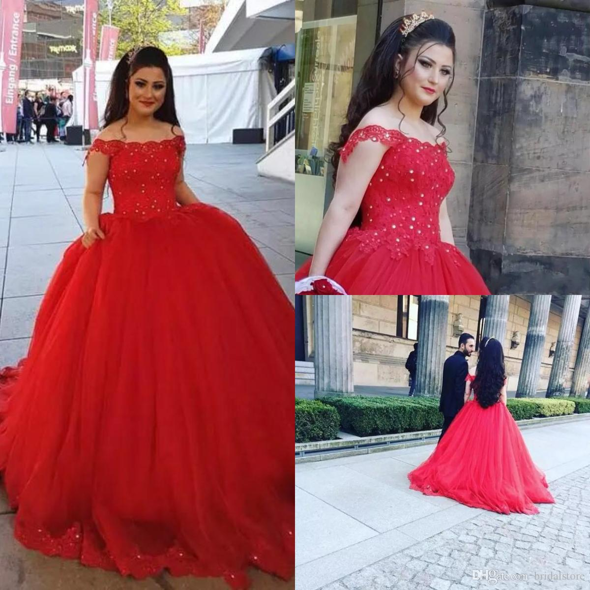 98438e2c968 Vintage China Off The Shoulder Princess Wedding Dresses Red Applique Lace  Beaded Puffy Ball Gown Bridal Gown Plus Size For Country Garden Bridal Gown  ...