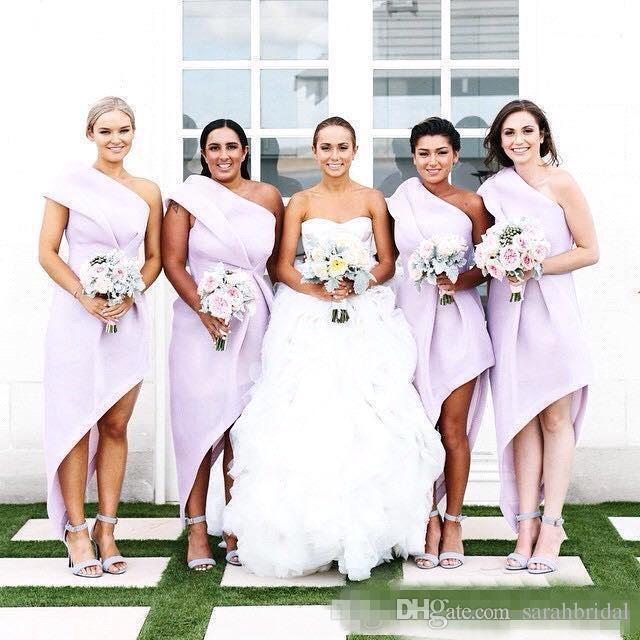d2528bc3b5 Compre Vestidos De Dama De Honor De Un Hombro 2018 Vestidos De Fiesta De  Volantes De Lavanda De Luz Cremallera De Vuelta Vestidos De Fiesta Formal  Por ...