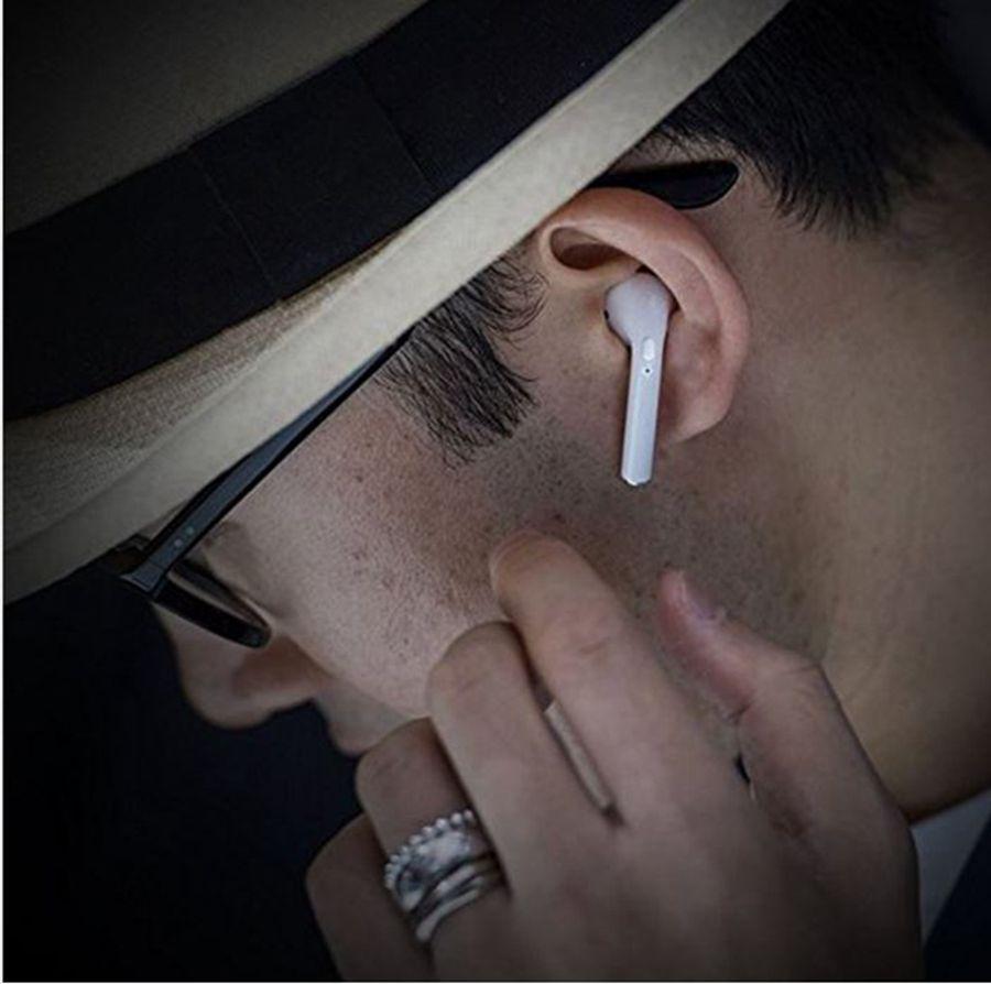 I7S TWS سماعات بلوتوث مع مربع شاحن لاسلكي سماعات أذن مصغرة سماعة مع مايكروفون ستيريو V4.2 لفون أندرويد