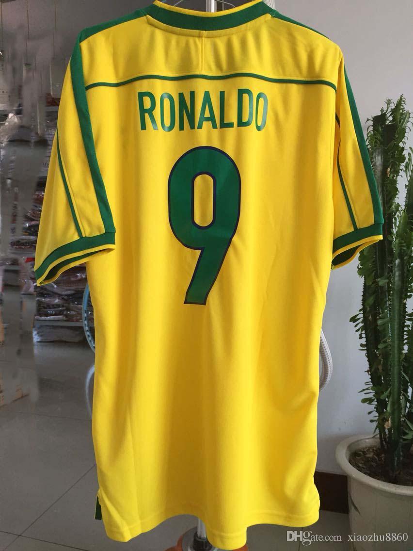 c37db705fc7e7 Compre Um +++ Brasil Retro Jerseys Camisas De Futebol 1998 Copa Do Mundo  Rivaldo   R. Carlos Brasil Camisa De Futebol Jerseys Frete Grátis De  Xiaozhu8860