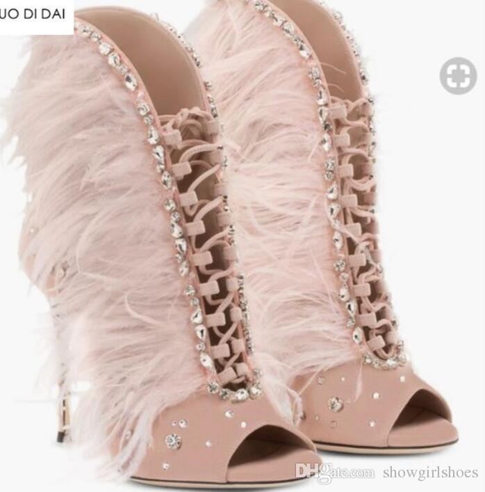 2018 сексуальные женщины зашнуровать ботильоны перо сапоги женщины пинетки тонкий каблук мягкий мех сапоги дамы платье обувь peep toe розовый botas