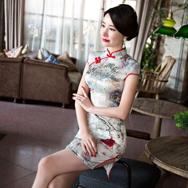 2019 Free Ship 2017 Chinese Silk Cheongsam Fashion Short Dress Girl Dress  Thin Dresses Qipao From Yonnie b0dc2b6d6c82