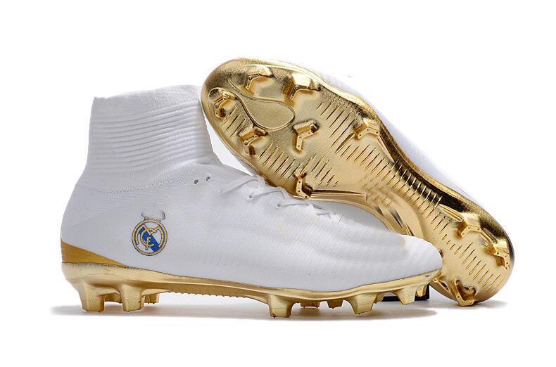 quality design b02cc 75183 2017 Magista Obra Real Madrid Fútbol Mercurial Superfly V Botas De Fútbol  Zapatos De Fútbol Neymar CR7 Zapatos De Fútbol Ronaldo Zapatos De Tobillo  Por ...
