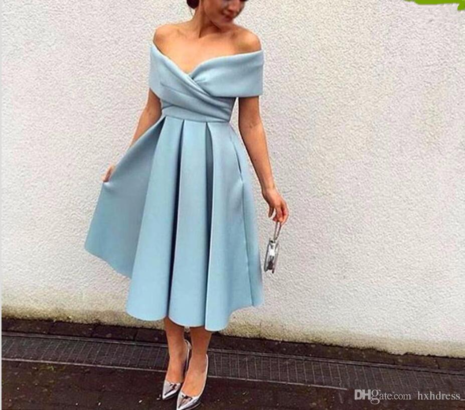 2019 Nuovo arrivo Light Blue Cocktail Dress Off The Spalla Tea Length Short Party Prom Dresses Abiti da cerimonia di alta qualità Abiti da cerimonia