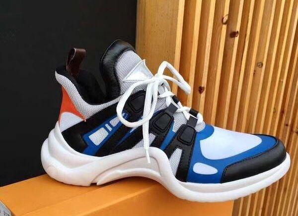 kutu ile erkekler kadınlar Kanye West ayakkabı moda Casual açık botlar için 2020 kadın kemer ışık sneaker Deri eğitmenler