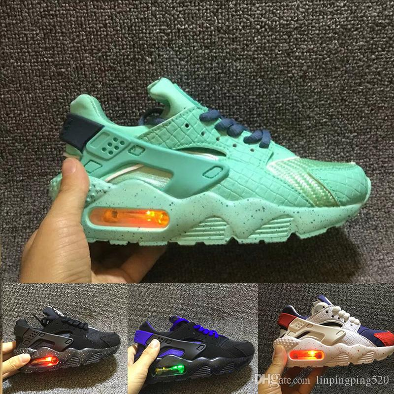 473d13274536 2018 Fashion Flash Lighted Kids Air Huarache Children Running Shoes Infant  Huaraches Outdoor Toddler Athletic Boy   Girls Sneaker 26 35 Tennis Shoes  With ...