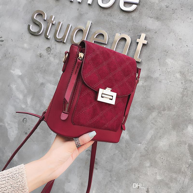 c4615ee332b Multiple Colors The Design of Hongkong Bucket Bag One Shoulder Bag  048-10246 Sequins Chain Small Square Bag Online with  23.96 Piece on  Gootongbag s Store ...