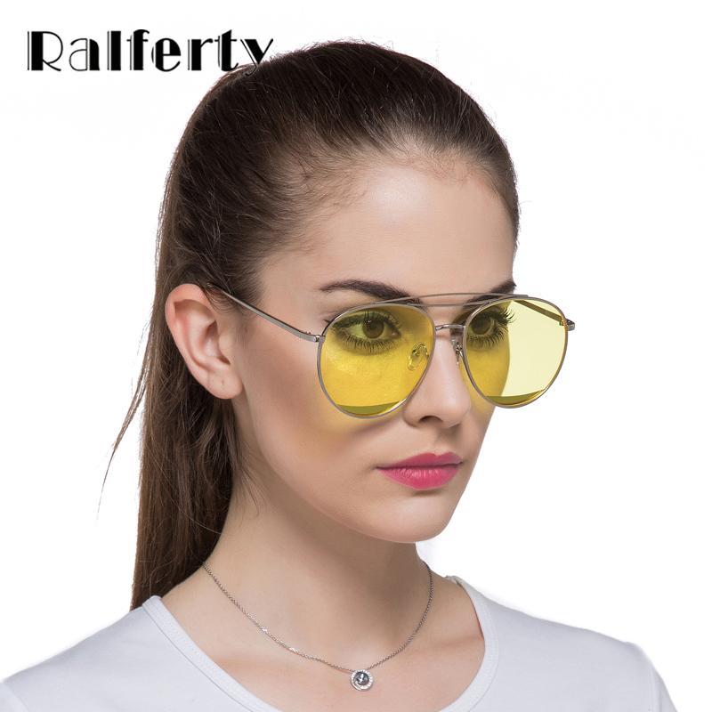 Compre Ralferty 2017 Novo E Elegante Transparente Óculos De Sol Mulheres  Azul Amarelo Lente Candy Eyewear Chic Mulher Clara Sun Glasses Sunnies  A1122 De ... 7156ebd769