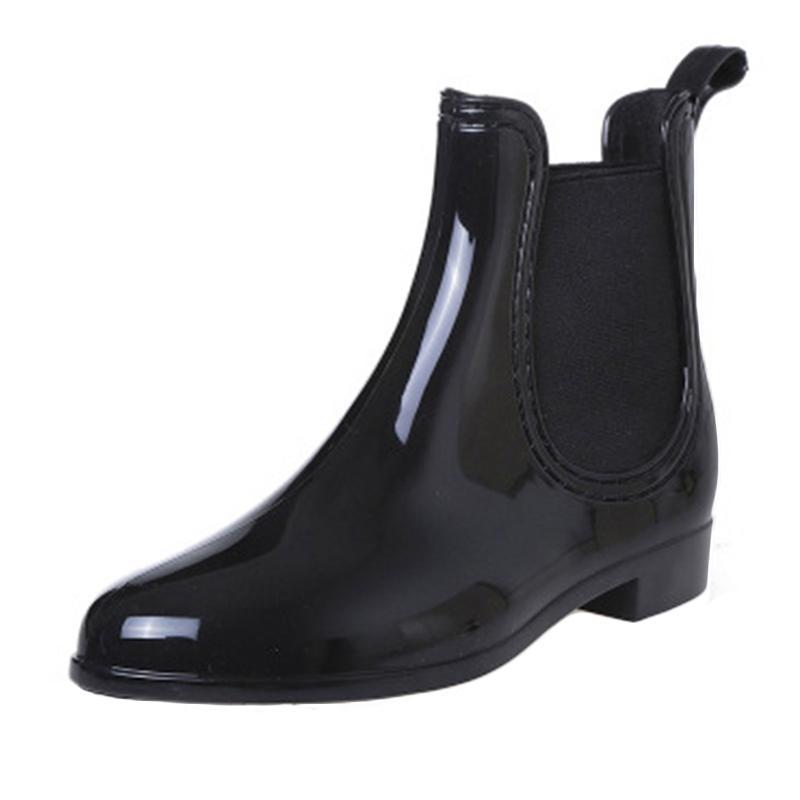 01bb4261a Compre Sapatos De Outono Mulher Moda Botas De Chuva De Inverno Mulheres  Sapatos De Borracha À Prova D  Água Ankle Boots Elastic Band Sapatos  Chuvosos ...