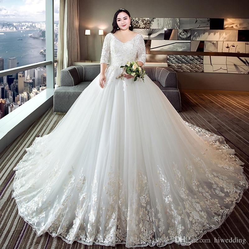 Luxurious Lace Beaded 2018 Plus Size Vintage Wedding Dresses V Neck