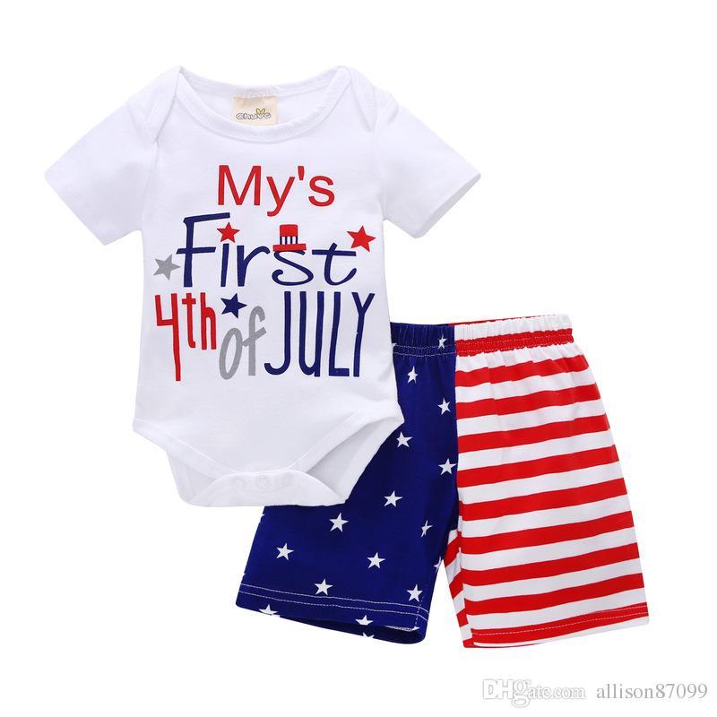 Benim Ilk 4th ofth INS Erkek bebek giyim Kıyafetler Bodysuit + Amerika Bayrağı Şort 2 adet set 2018 yaz