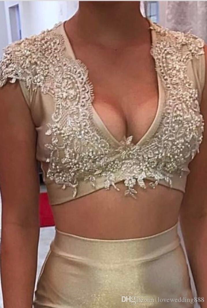 2018 Champagne Gold Sirena de dos piezas vestidos de baile Moda V cuello barrido tren vestidos de noche largo desgaste formal